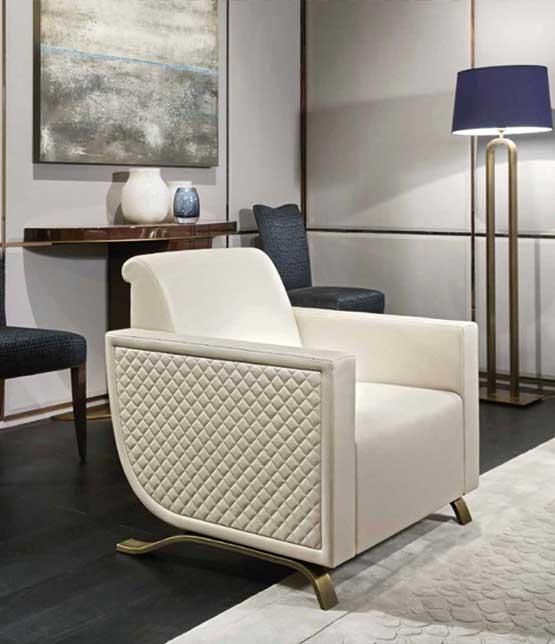 weißer Sessel Art Deco