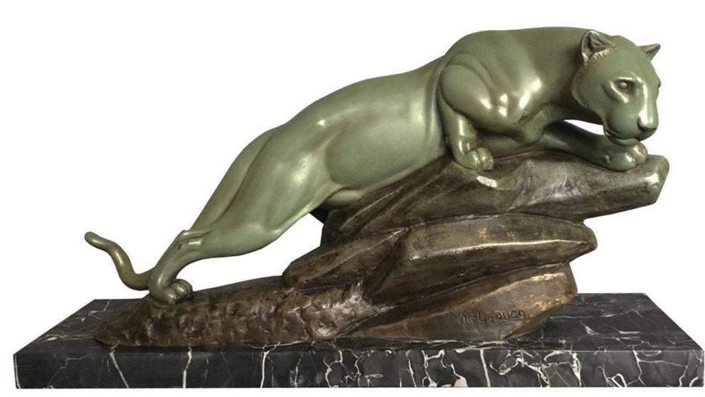 Panther Skulptur in patiniertem Metallguss (fonte d'art), signiert Leducq. Frankreich, 1930er Jahre. € 2.750,00