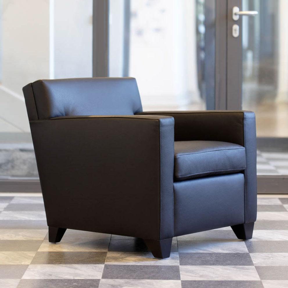 Sessel nach J.M. Frank CLUB-FRANK. B.72 x T.84 x H.74 cm