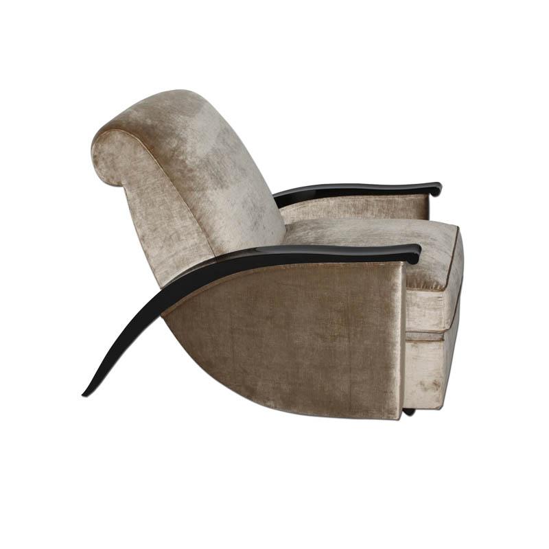 Skulpturaler Sessel nach J.E. RUHLMANN S111. B.82 x T.116 x H.90 cm