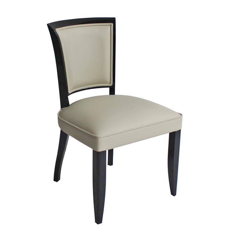 Stuhl ST014. B.50 x T. 50 x H.87 cm
