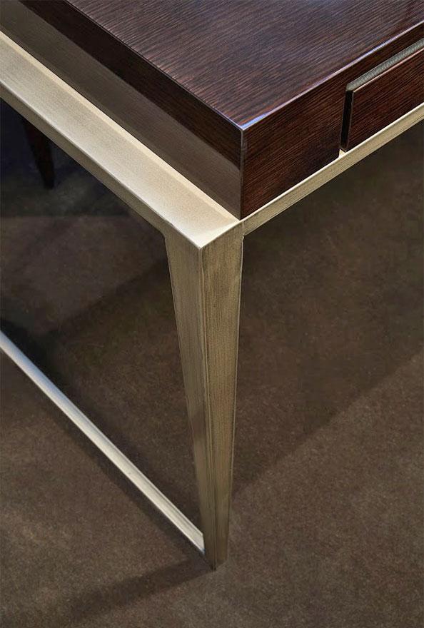 Schreibtisch Conti-SG Detail 594x880