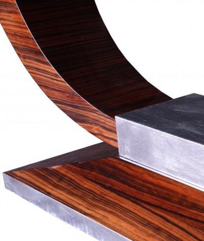 Tisch T004 silber braun Detail rechts