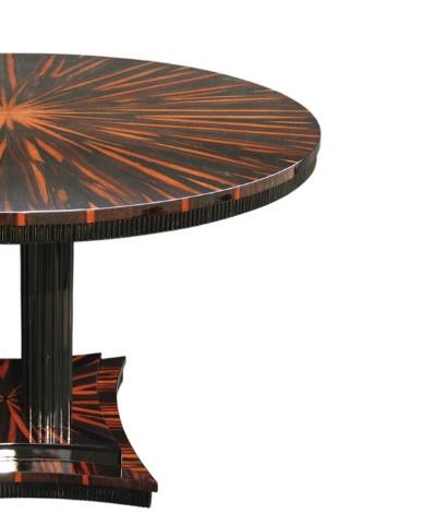 Tisch T008 braun schwarz Detail rechts