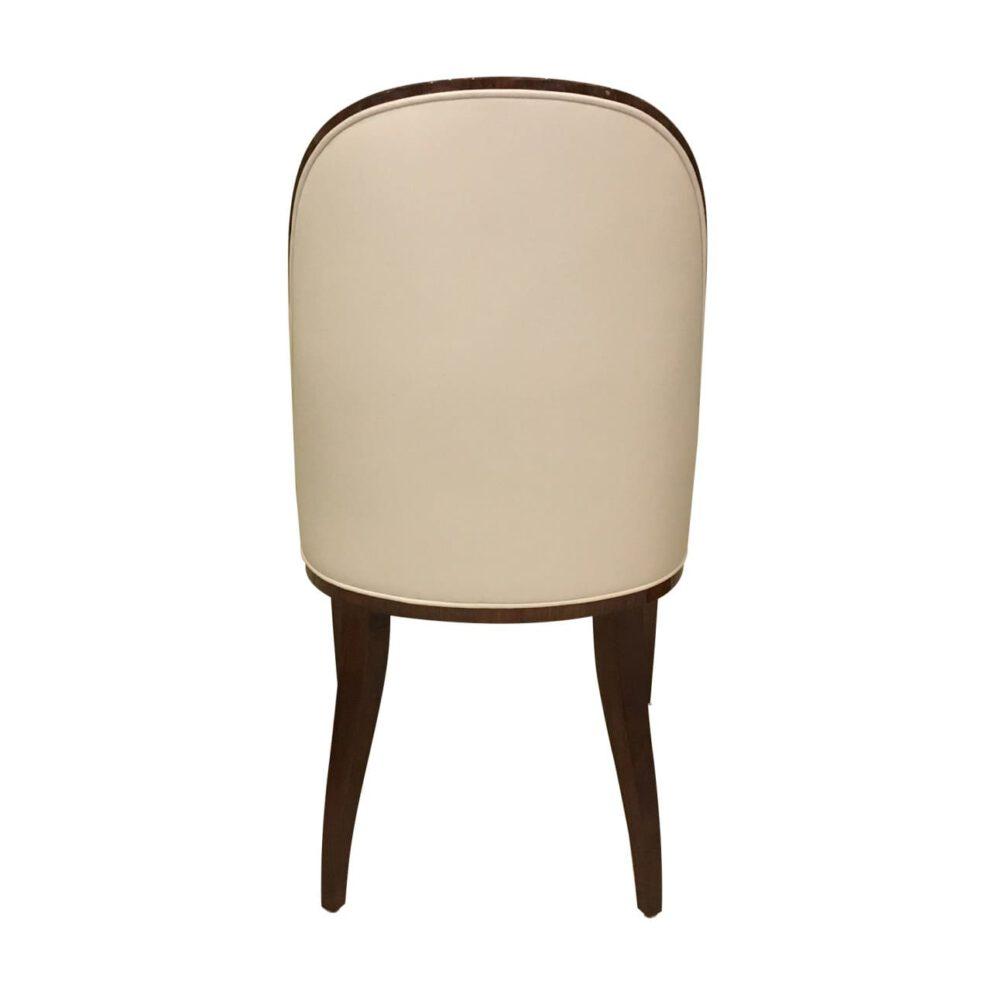 Stuhl ST102 mit Fusskappen beige braun Hinteransicht