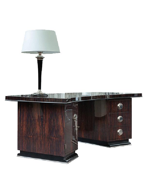 Schreibtisch mit dunklem Holz