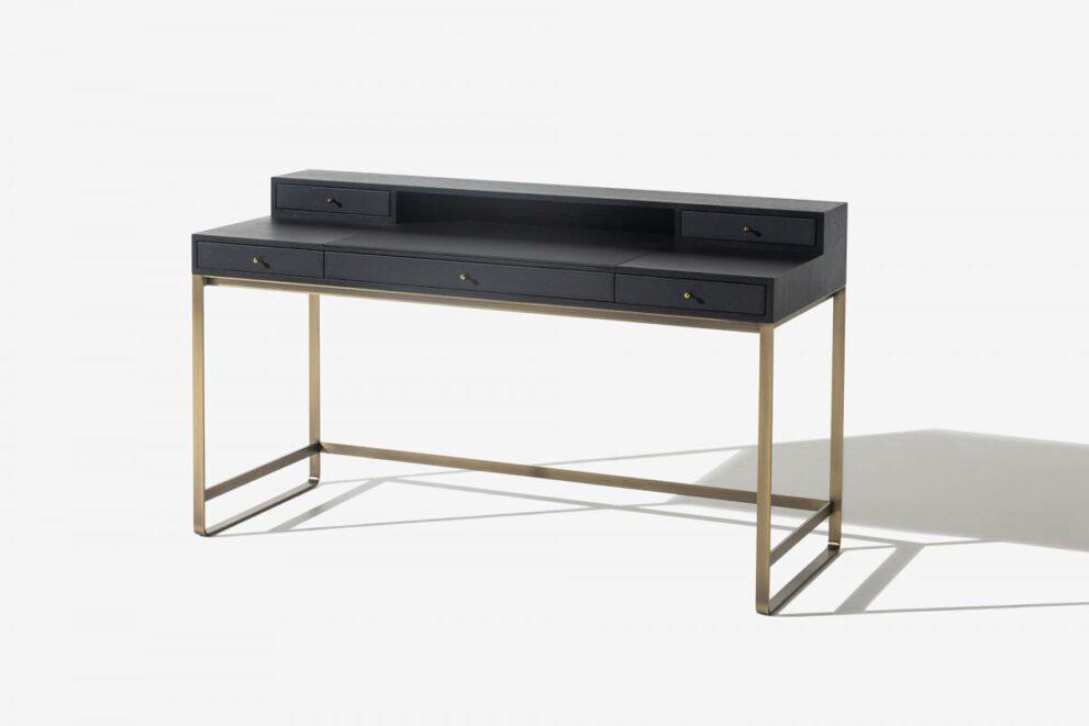 langer Schreibtisch in schwarz gold