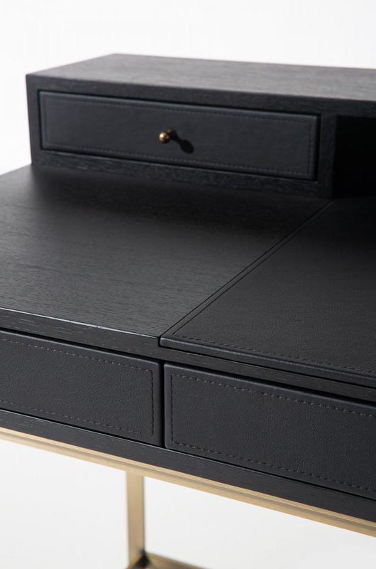 Schreibtisch PROUST in schwarz Detailaufnahme