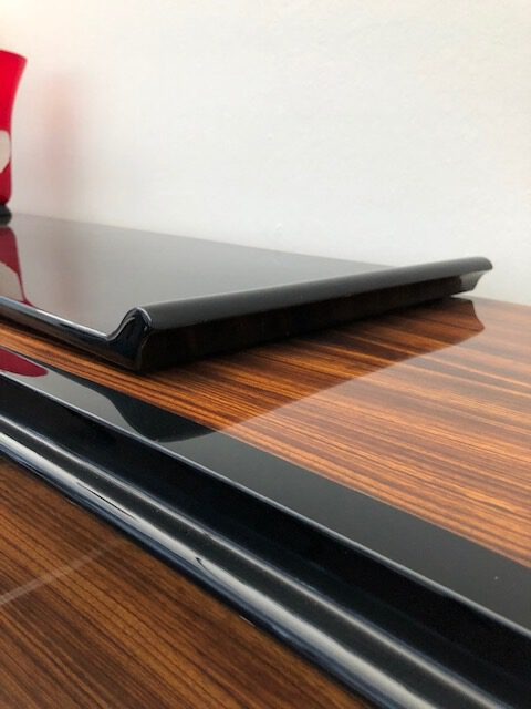 Sideboard Zebrano furniert, Detailansicht