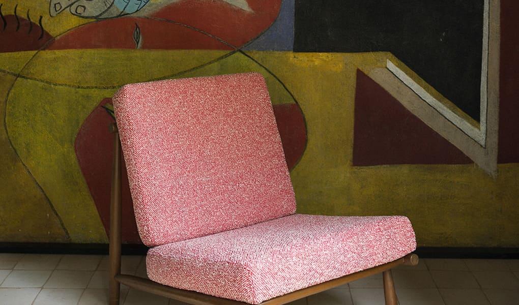 Stoffe für Stühle in verschiedenen Farbtönen von Dedar Milano