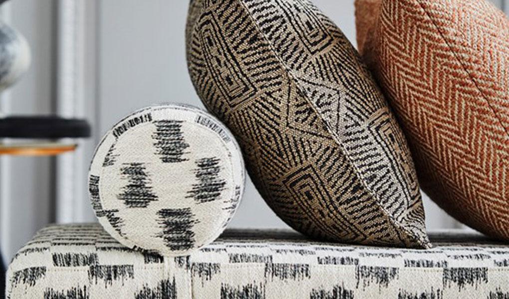 Bezugsstoffe in verschiedenen Designs aus der LARSEN- Kollektion